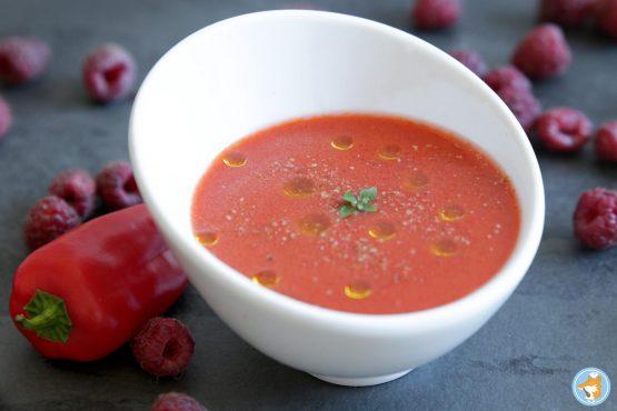 recette de gazpacho aux poivrons et aux framboises